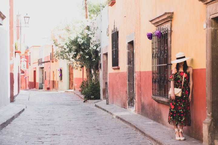 4 tips to visit Mexico with a toddler.